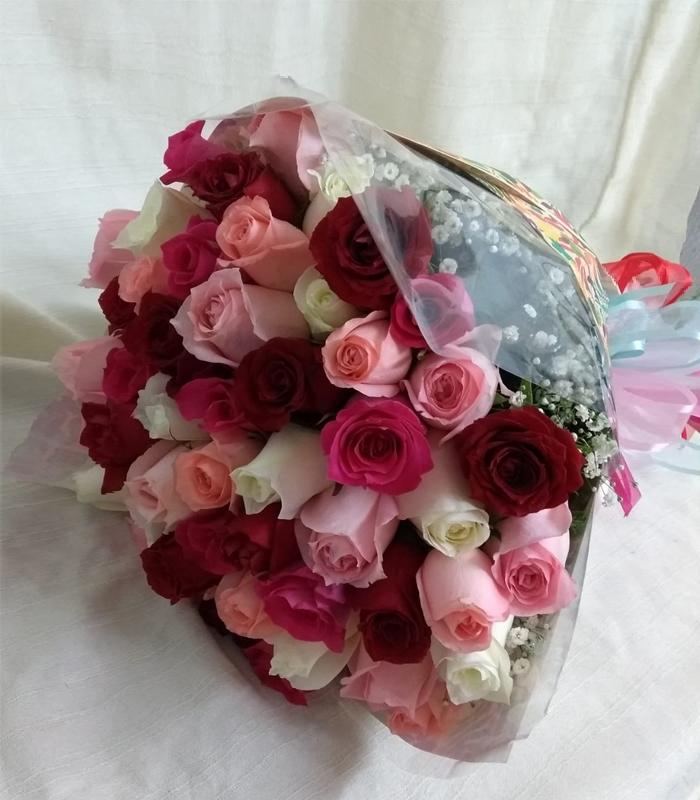 Arreglo Floral Ramo De Rosas De Colores